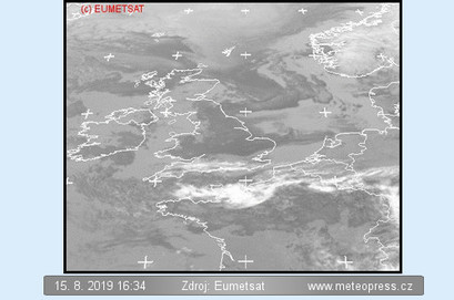 Satelitní snímek ČR s oblačností